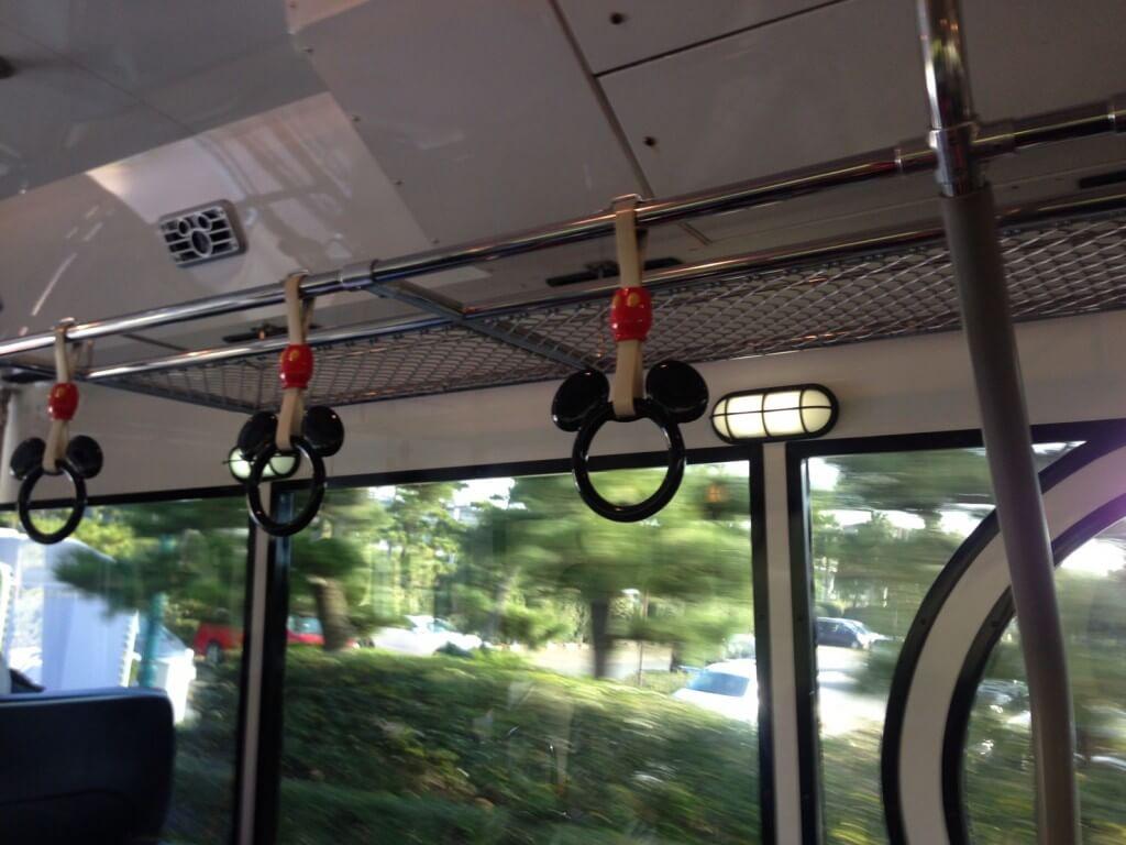 ディズニー バス